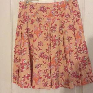 Beautiful cotton New York and Company skirt.